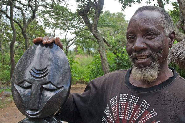 Bildhauer David Bangura Tengenenge 2014