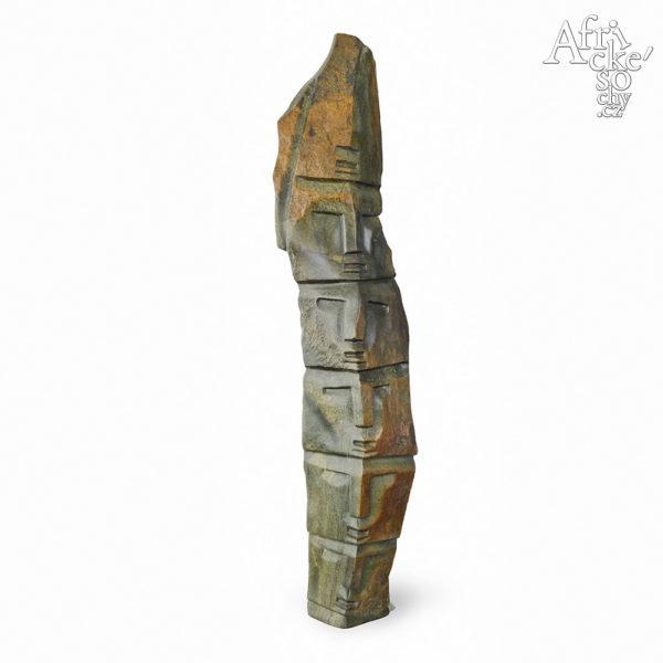 Skulptur von Victor Fire: Großes Totem