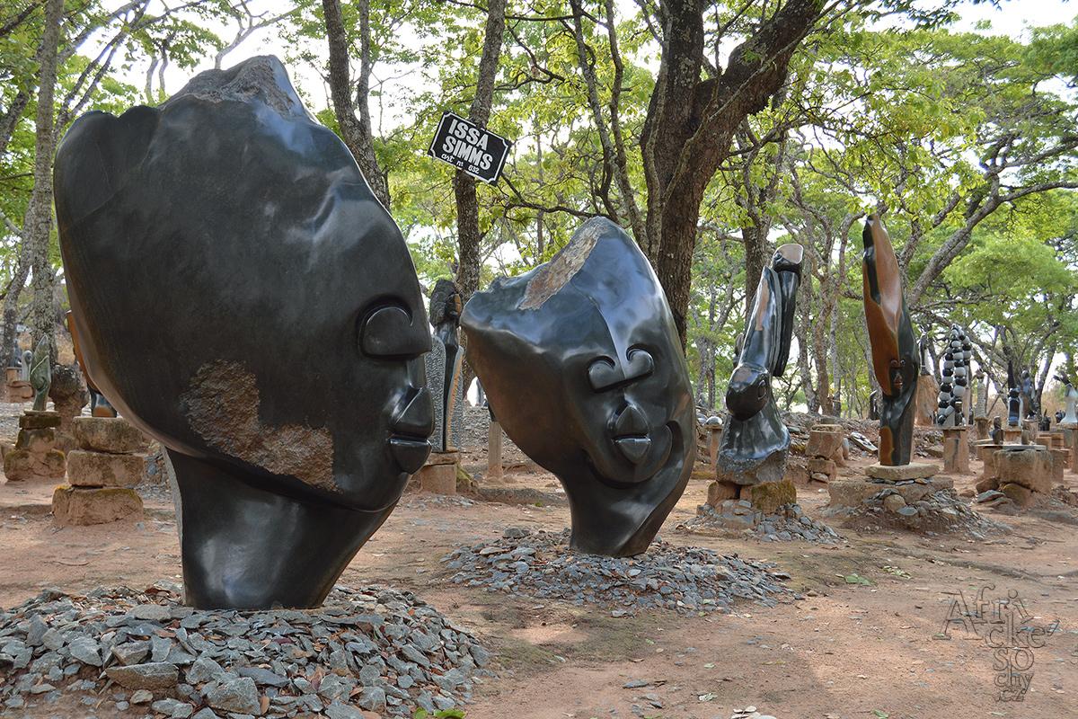 Tengenenge - Skulpturengalerie unter freiem Himmel