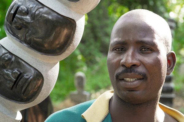 Bildhauer Jealous Chatsama Tengenenge 2007