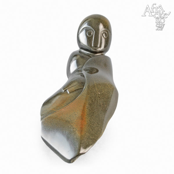 Skulptur von Factor Ziira: Liegender Mann