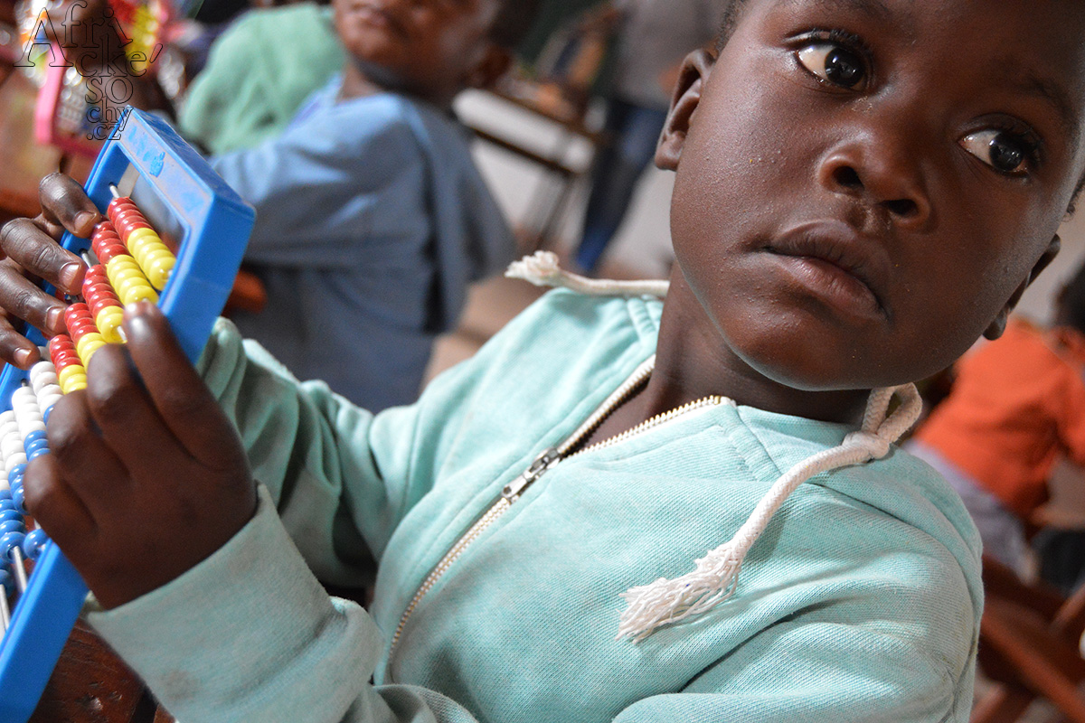 Wohltätigkeitskonzert für Kinder aus Tengenenge