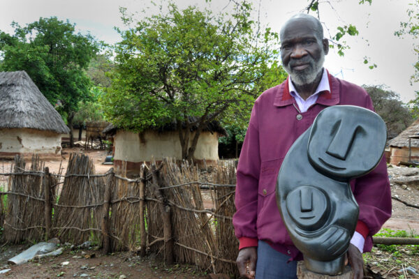 Bildhauer Davison Chakawa